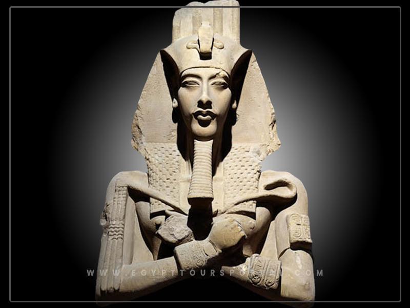 King Amenhotep IV - Egypt Tours Portal