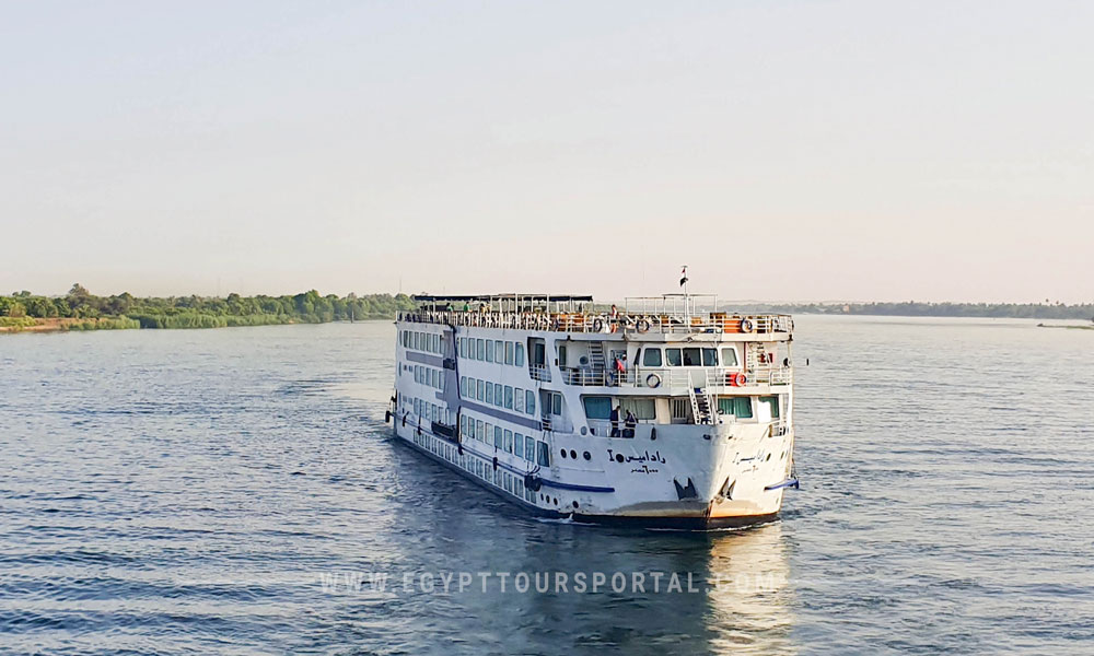 nile cruise - things to do in soma bay - egypt tours portal
