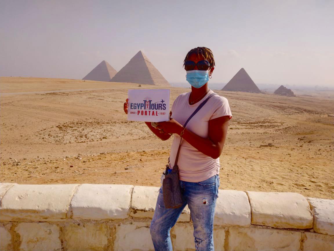 Customer of Egypt Tours Portal at Giza Pyramids