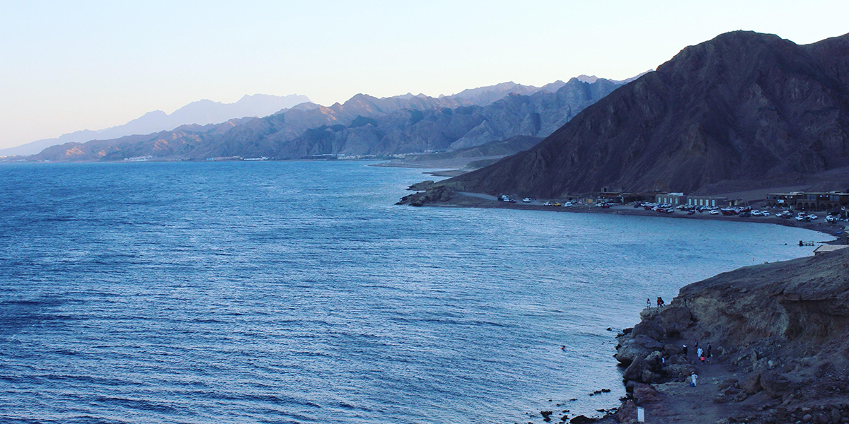 The Blue Lagoon of Dahab - Hiking in Egypt - Egypt Tours Portal