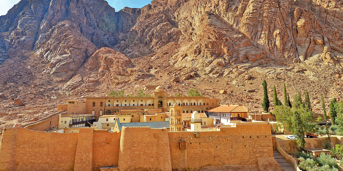 The Yellow Dunes Between Dahab and the St. Catherine Monastery - Best Places to Go Sand Boarding In Egypt - Egypt Tours Portal